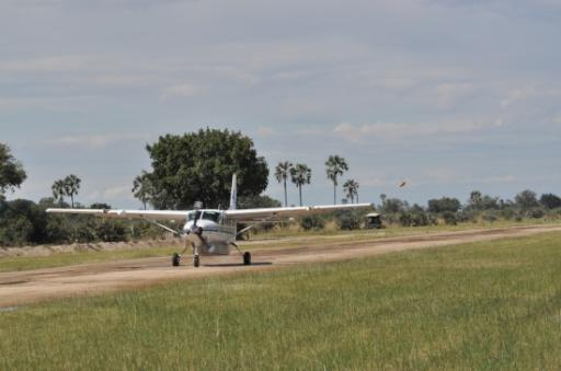 Cessna arriving at Jao Airstrip-550