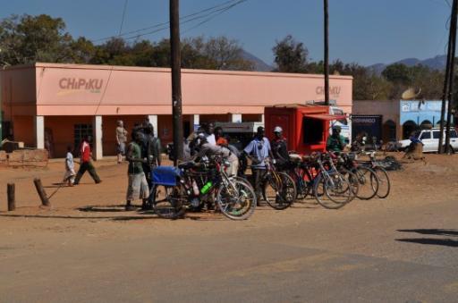 17 Malawian taxi rank