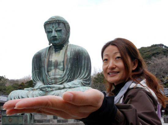 Terry holds Great Buddha