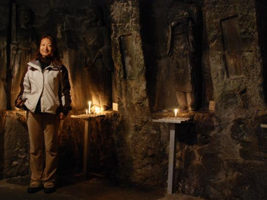 Terry in the cave of Hasedera temple
