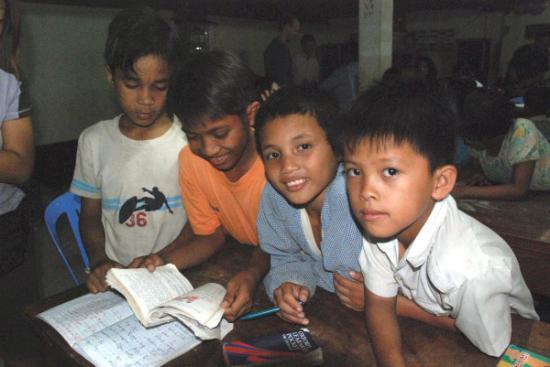 Children learn English