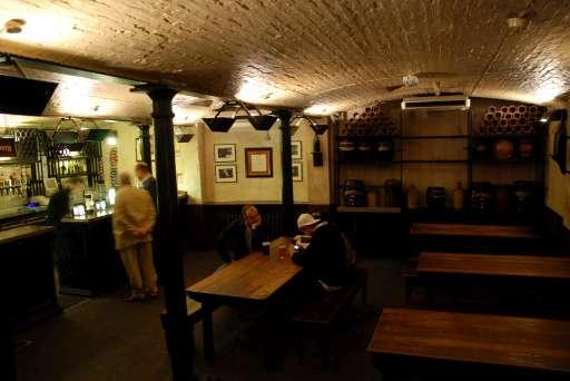 Ye Olde Cheshire and Cheese basement