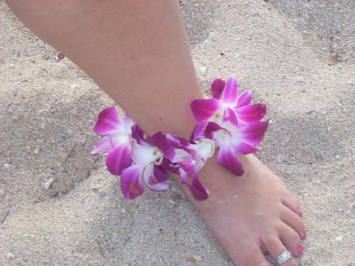 Cheryl's ankle lei