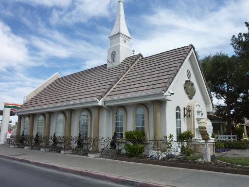 36. Las Vegas - Wedding Chapel