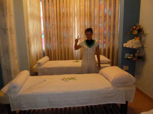 profile orange villa massage