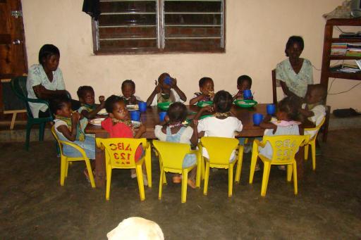 Kazembe weeshuis - dinner