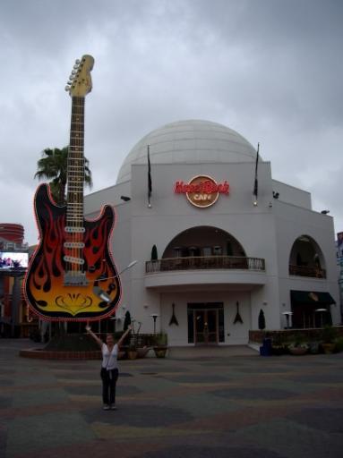 Big, bigger, Hollywood...