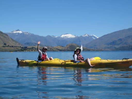 kayaking on Lake Wanaka NZ