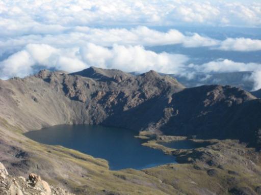 Le lac Angelus et le refuge sur la berge