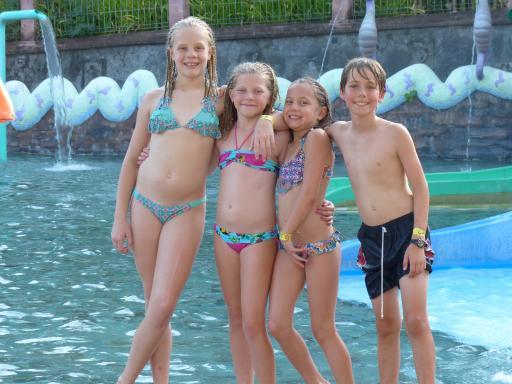 Morgan, Zoe, Charlotte & Zac